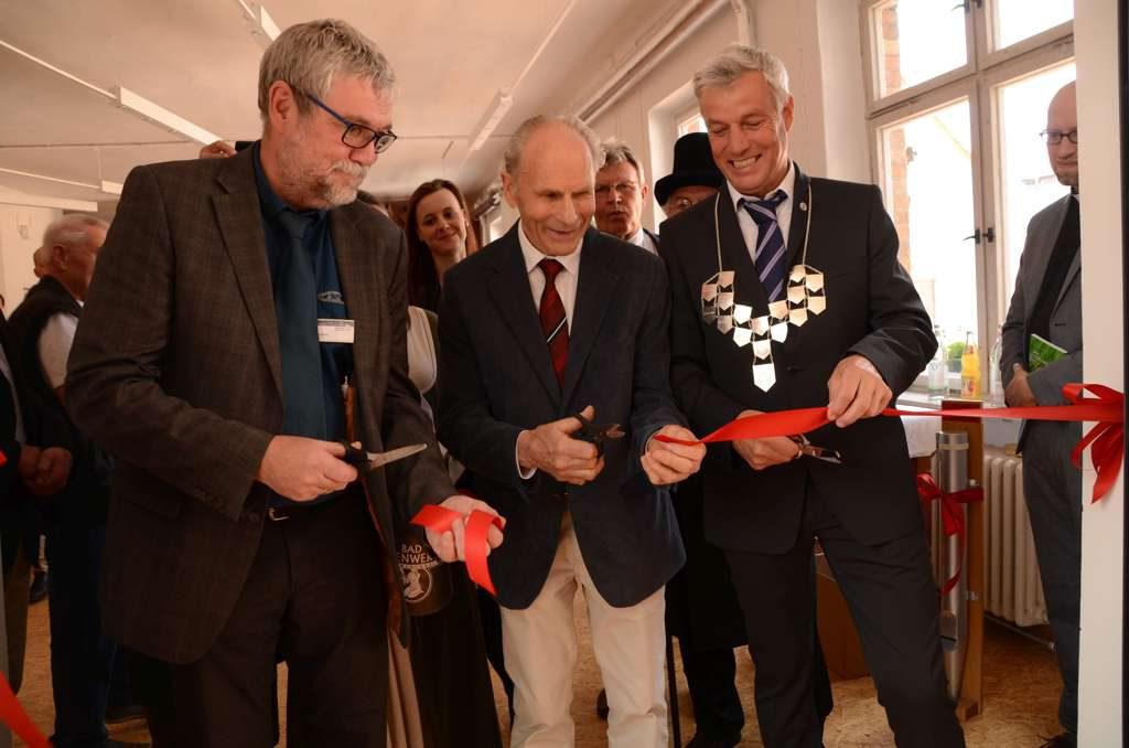 Orgelakademie Schnitt durchs Band besiegelt die Eröffnung